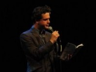 18215_bgr_Reading_at_Howl__220x500 (2)